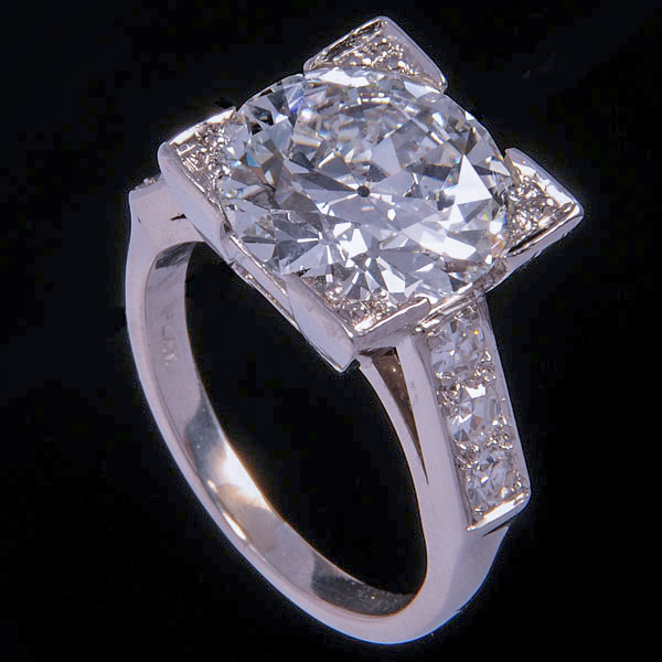 Where_to_Sell_Large_Carat_Diamond_Rings